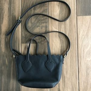 Liz Claiborne faux leather crossbody purse